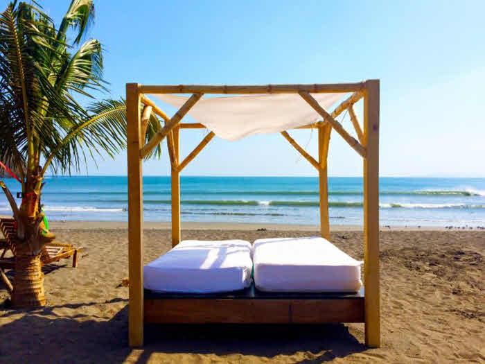 Himmelbett am Strand