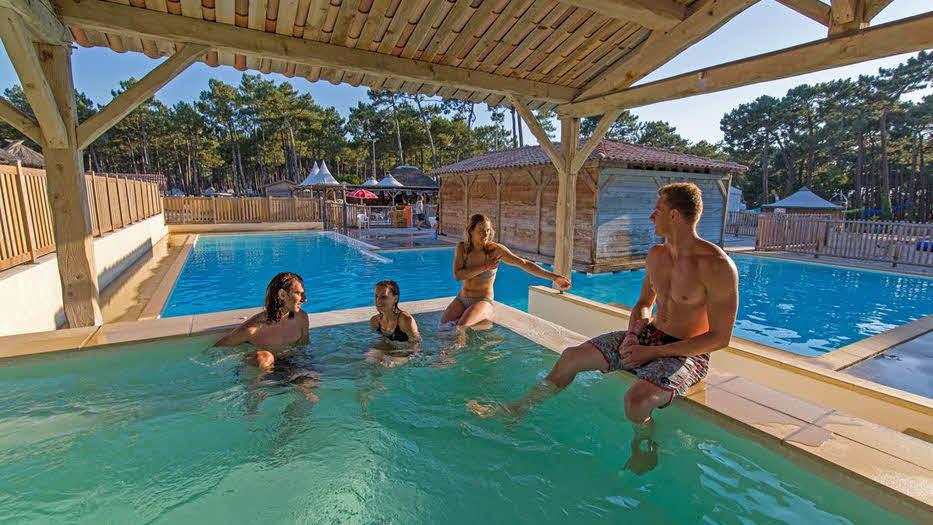 Pool auf Campingplatz