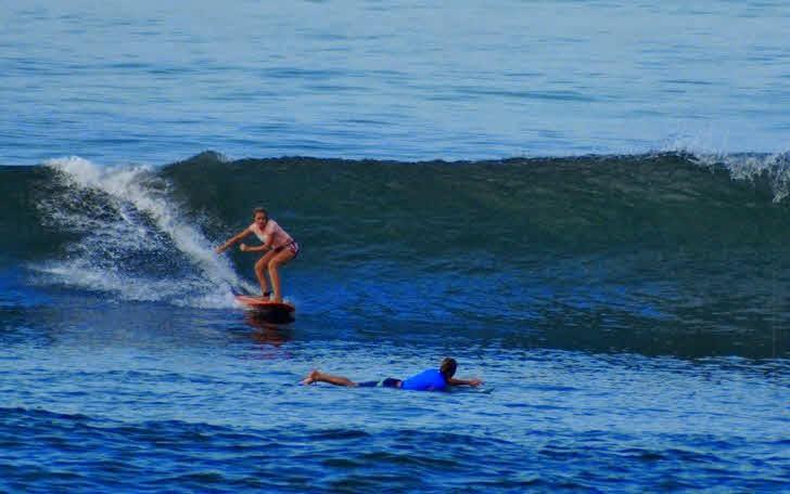 Surfschule Bali Surfen
