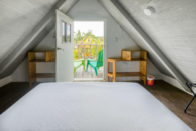 Privater Raum mit Gemeinschaftsbad und mit Balkon