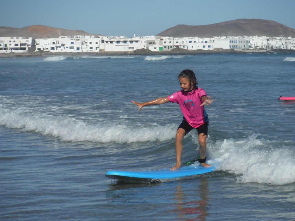 Surfkurs für Kinder Lanzarote